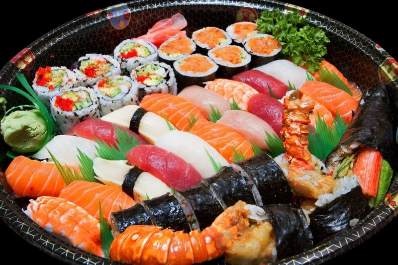 ทายใจทายนิสัย ทานอาหารซูชิ