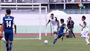 ราชวินิตบางเขน 6-1 ธัญรัตน์ ฟุตบอลแชมป์กีฬา 7 สี 2018 รอบรองชนะเลิศ 1/2